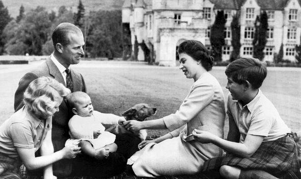 La Reina Isabel Ii Espero 10 Anos Por Su Tercer Hijo Y Esta Es La Triste Razon